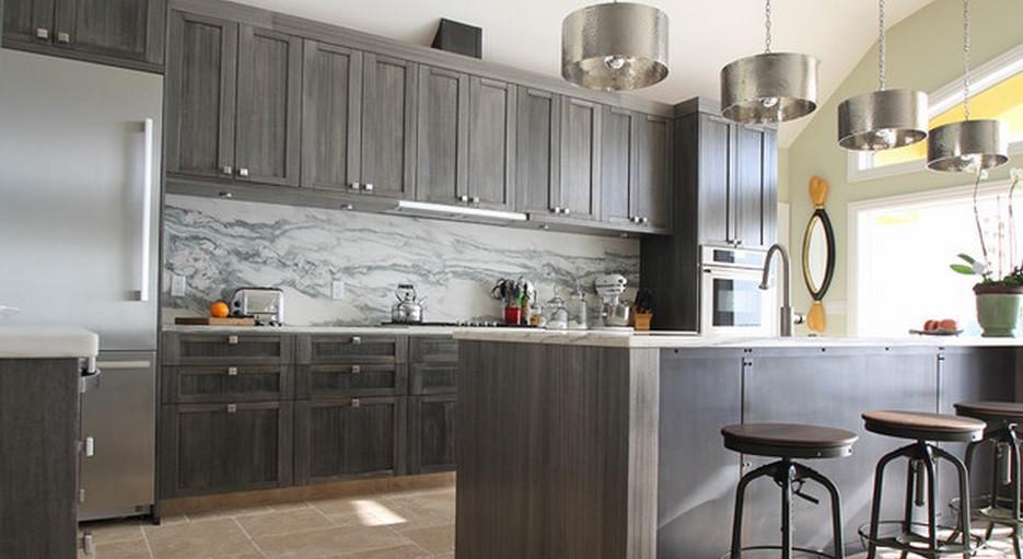 SCM Design Group kitchen with full marble backsplash