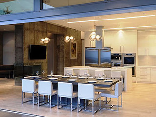 Unique Ways to Transition Your Indoor Living with operable glass walls.