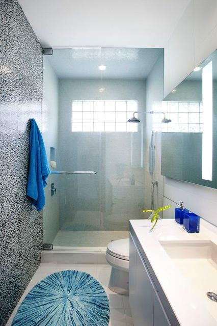SCM Design Group Small Bathroom 4.jpg