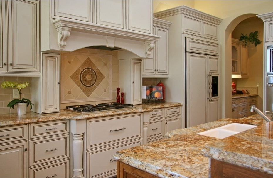 Kitchen cabinets refinishing