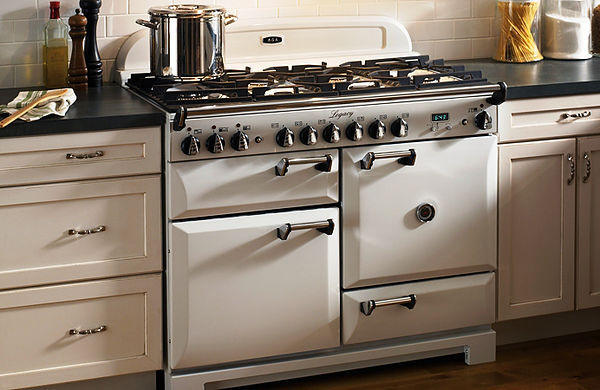 SCM Design Group custom AGA Cooker