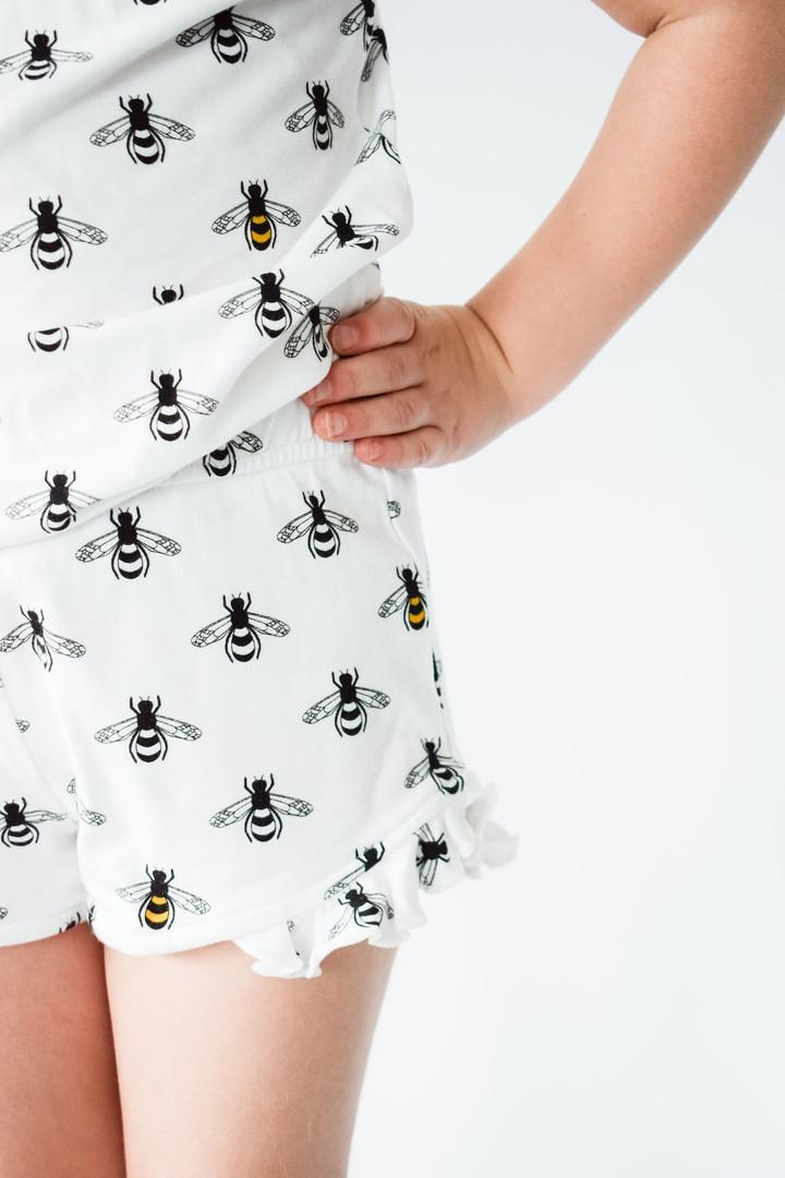 TessMSereda_PatternDesign_Bees2.jpg