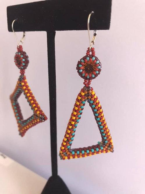 Rebecca Dennis, asymmetrical geometric dangles