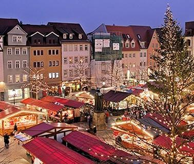 PragueCmarket2-main.jpg