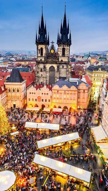 Prague-Christmas-Market-view.jpg