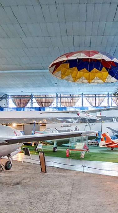 muzeul_aviatiei_bucuresti_large.jpg