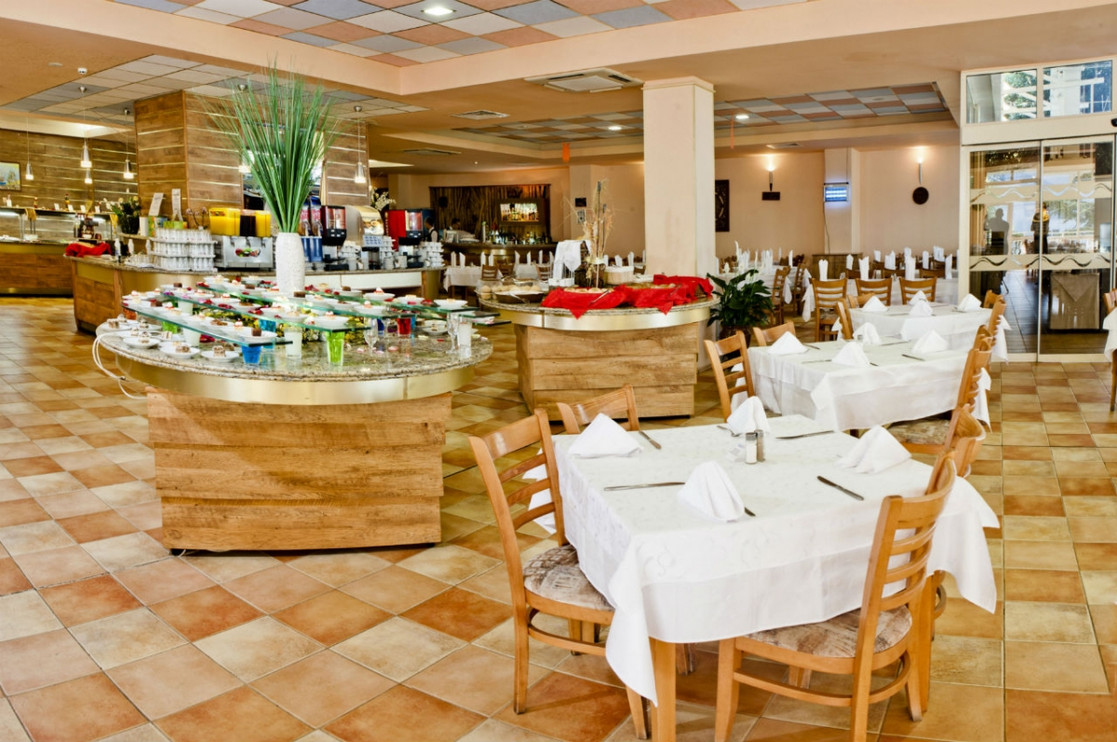 hotel_sandy_beach_albena_bulgaria_5de4bd