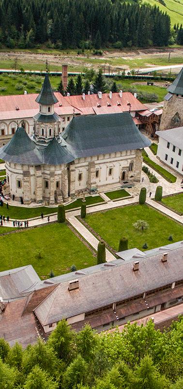 manastirea-putna-1.png