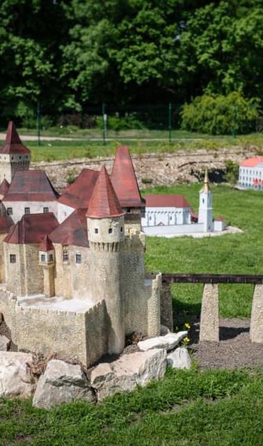 Parcul-Mini-Transilvania-5.jpg