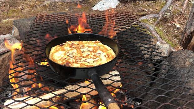 Middag över öppen eld