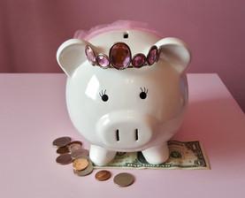 Por que as mulheres precisam de mais dinheiro que os homens