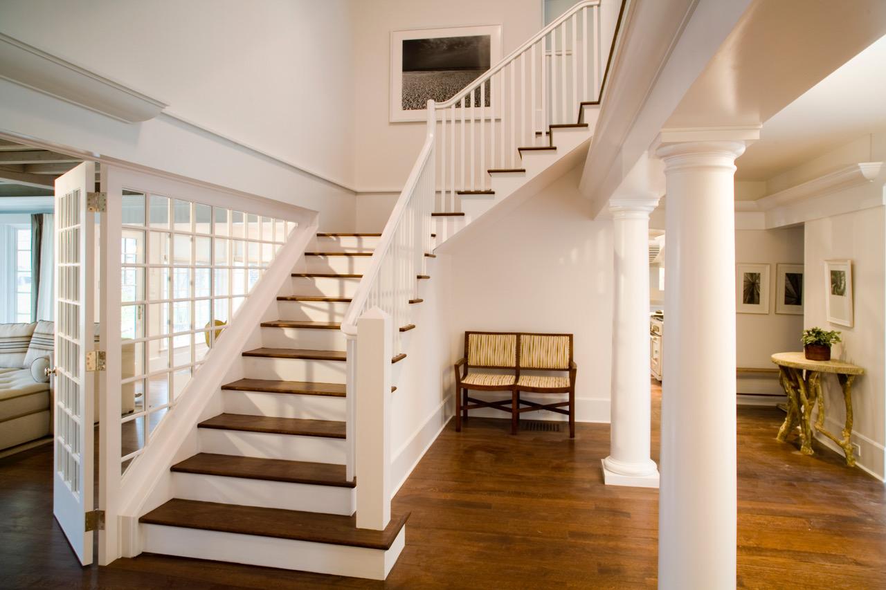 23 Main Stair