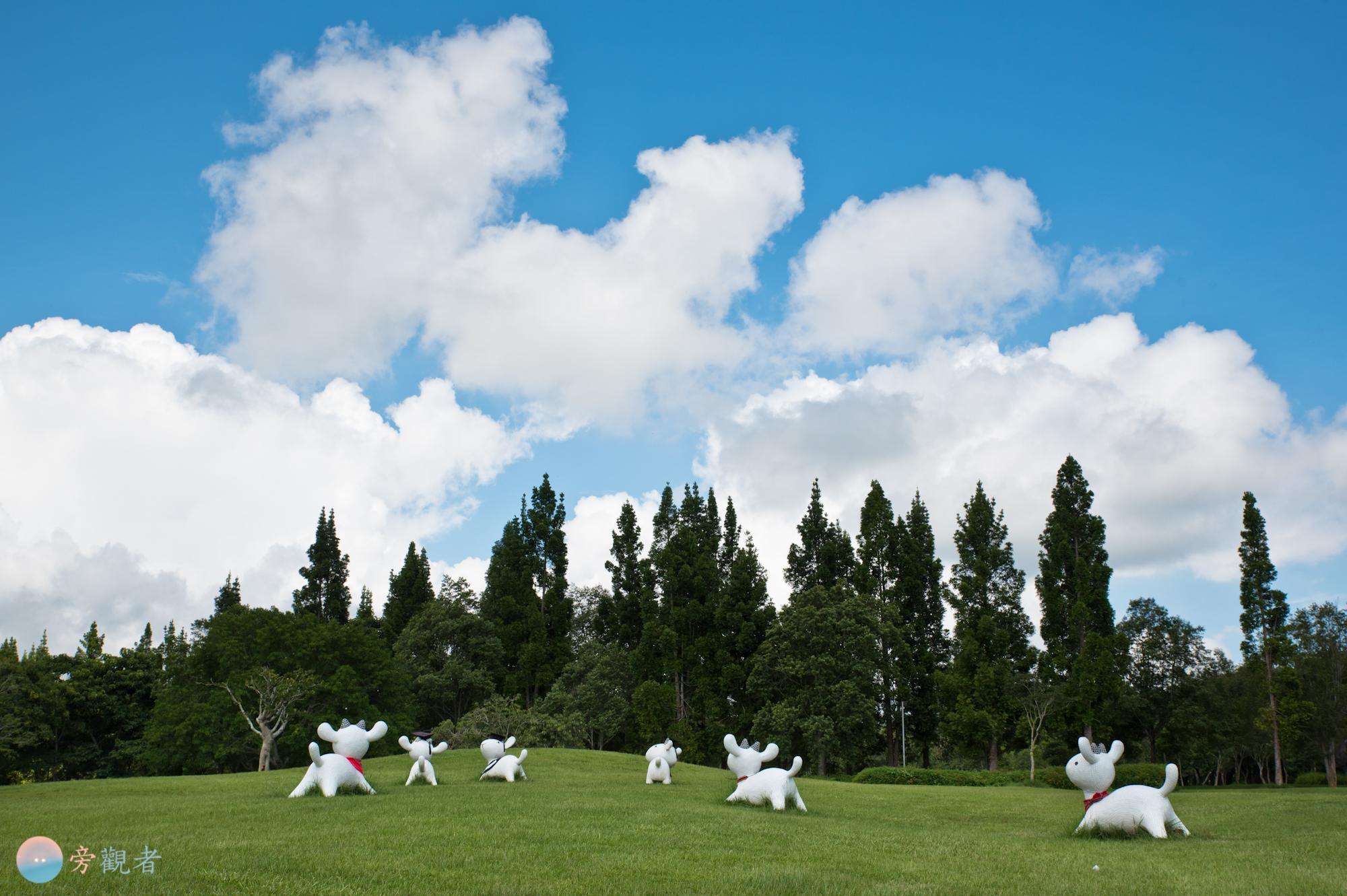 暨南大學草原上擺設的綿羊造型雕塑。南投埔里桃米