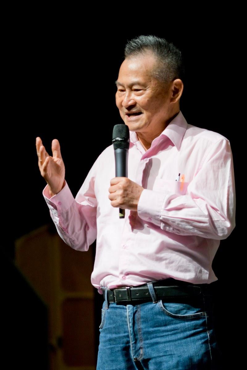 財團法人世聯倉運文教基金會黃仁安董事長致詞。