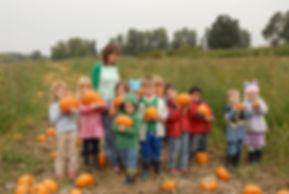 Check out those pumpkins holding pumpkins!