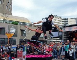 12-street duo hoops