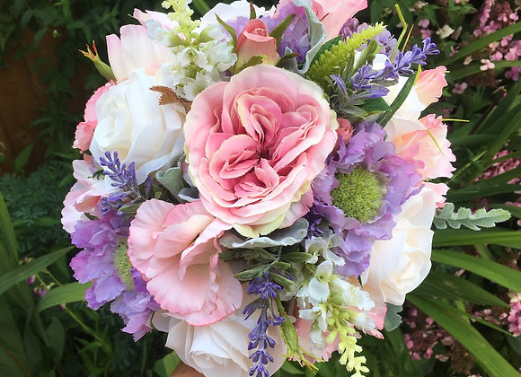 Country Style Bouquet in Pink, Lilac and Champagne