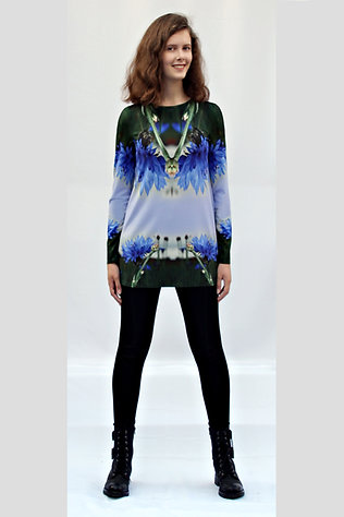 Kornblumen-Longshirt mit eigenem Stoffdruck NYOTA_13