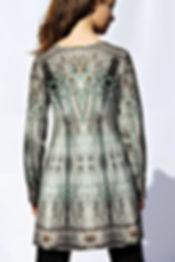 Longshirt LEVIOSA mit künstlerischem Stoffdruck