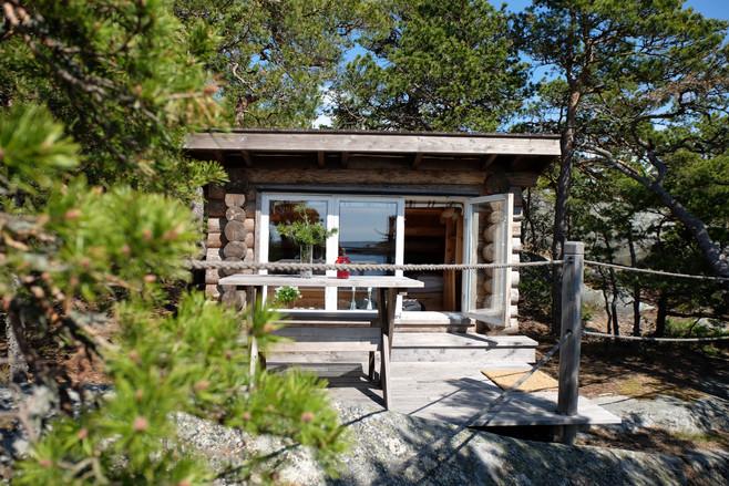 book a cottage brännskär