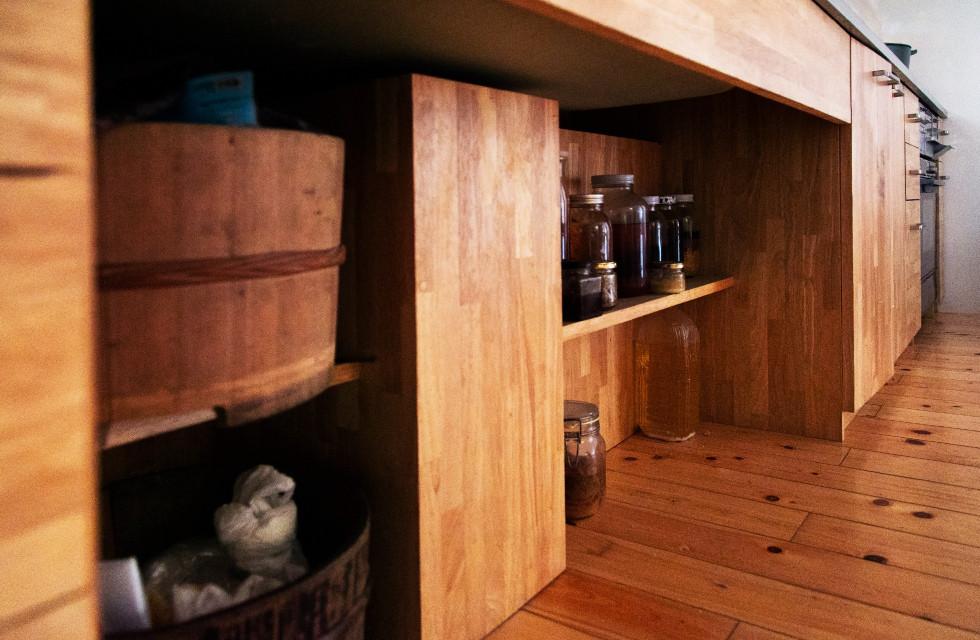 収納、位置、素材すべて施工主様と作り上げたオーダーキッチン