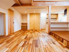若狭町・小浜市にある自然素材の工務店[夢源建築]の施工事例 直線的な外観の家10
