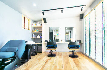 小浜市の美容室[E/m hair]の店舗を建設。自然素材で注文住宅[夢源建築]福井県の工務店