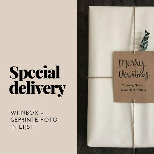 Special delivery    Wijnbox + Foto
