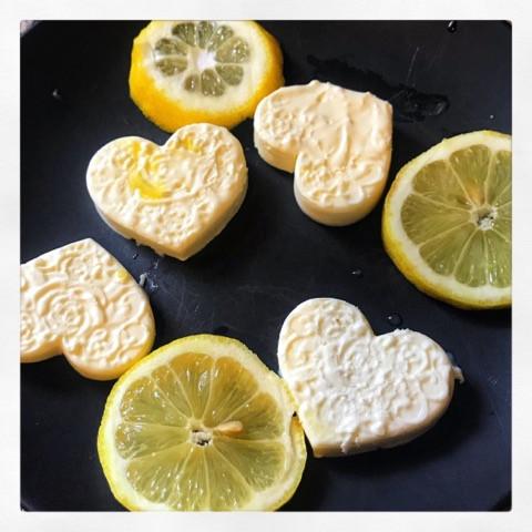 Lemon Cream Cheese Fat Bombs