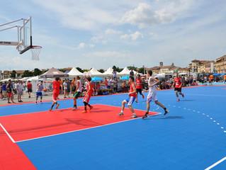 Pavimento usato gripper : streetbasket 255 mq , indoor 650 mq .