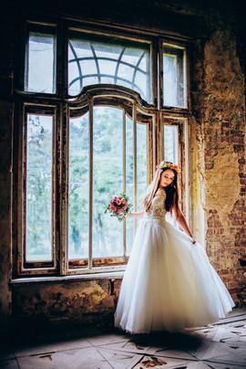 Piękna Pani Magdalena w sukni z naszego salonu VALDI BRIDE
