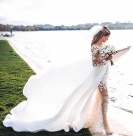 Piękna Pani Tamara w swojej wymarzonej sukni - szytej na indywidualne zamówienie...