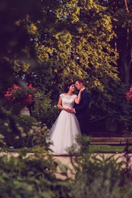 Piękna i zadowolona Pani Martine w sukni z naszego salonu VALDI BRIDE #Kraków