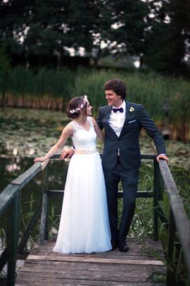 Szczęśliwa i zadowolona Pani Małgorzata w sukni VALDI BRIDE#Kraków
