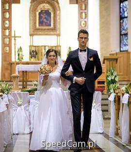 Szczęśliwa Pani Anna w sukni VALDI BRIDEKraków.