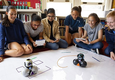 WW-Students-Coding-Robotics_edited.jpg