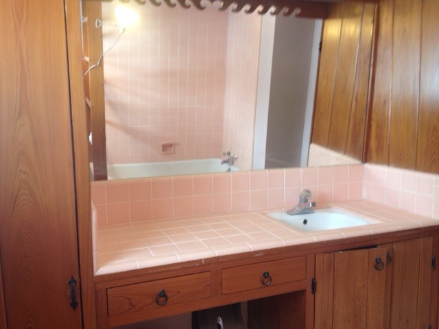 Keith's craftsman bathroom before
