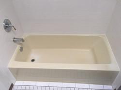 Acrylic tub yellowed with time