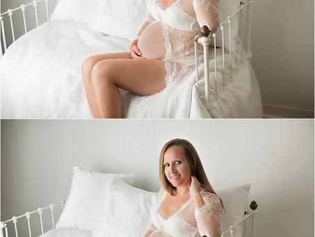 Emily - Studio Maternity