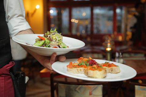 Multiple restaurants in Levi
