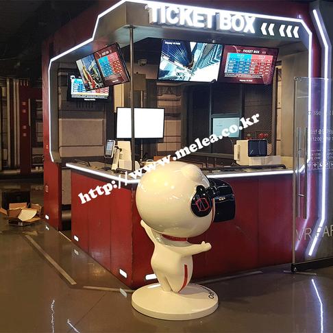 오디세이 VR 파크 디지털 메뉴보드 및 홍보용 스마트 사이니지 구축