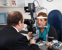 Eye Centre Hornsby, Dr Steven Wine