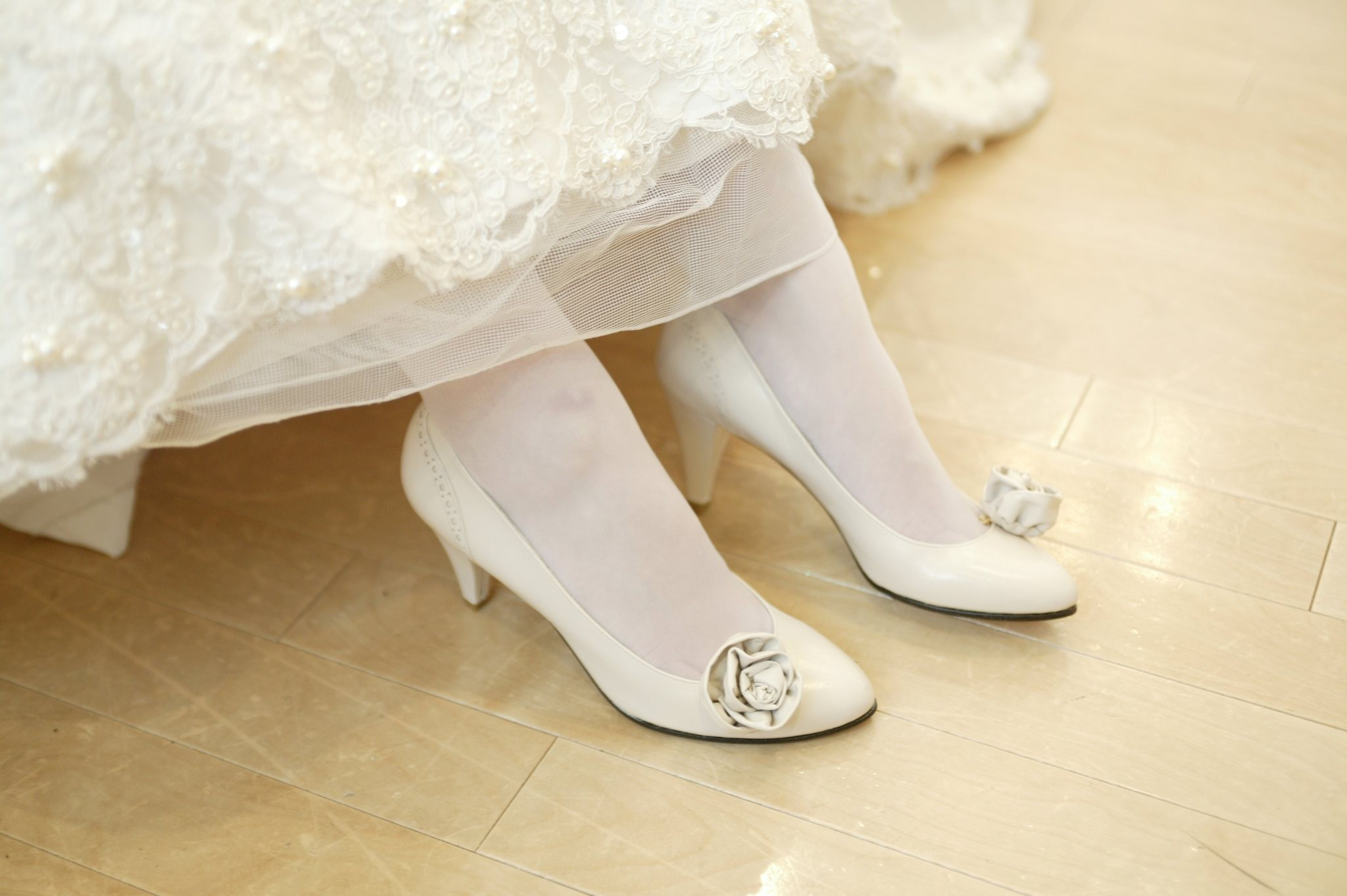 wearing rose pumps for wedding