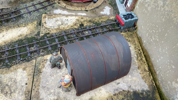 16mm Nissen Hut with 4 roof sections