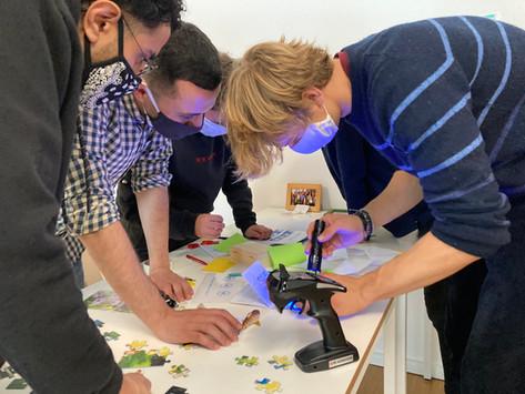 """Teambuilding mit """"Escape School"""" – dem kooperativen Escape Game für Pädagog:innen"""