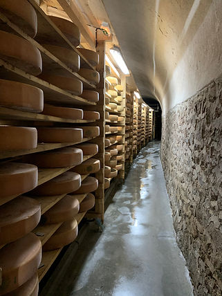 Cheese cave affinage