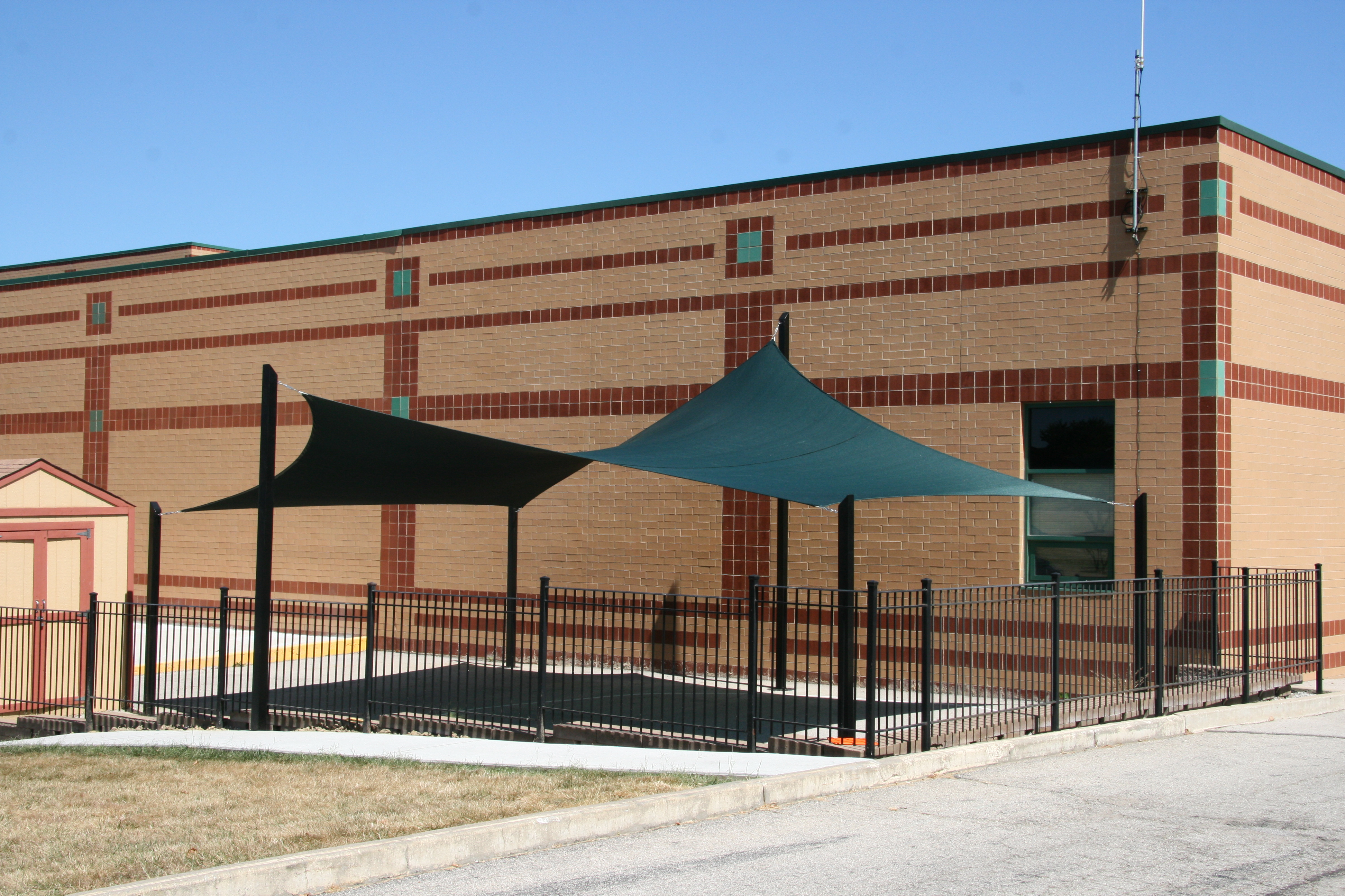 Lafayette HS shade canopy