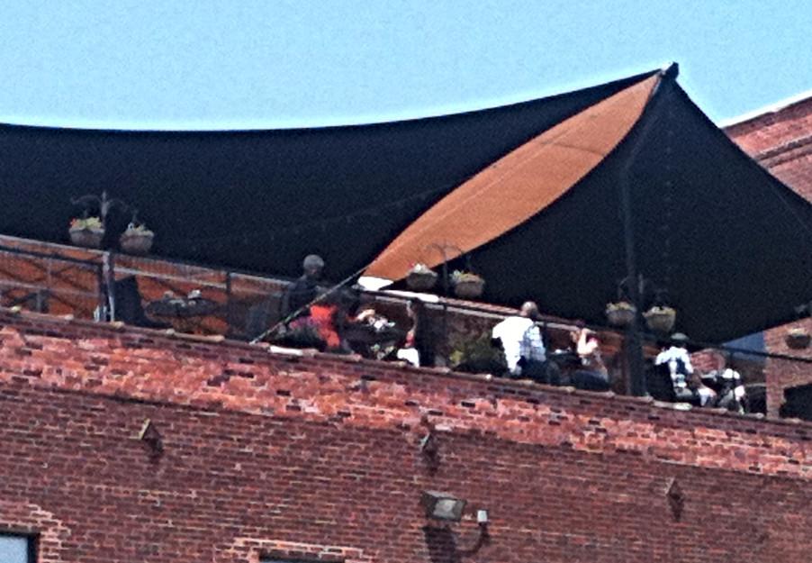 Vin de Set Rooftop