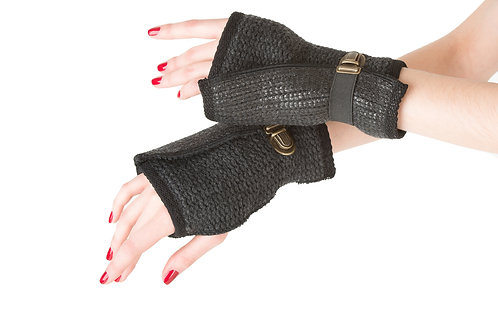 Coated Wool Mittens
