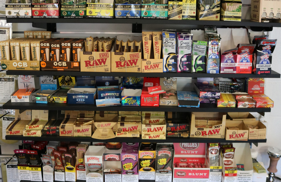 Large selection of Raws, Zig Zags, Backwoods, King Palm, OCB, Swisher Sweets, Black and Mild, and more!